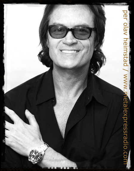 Glenn Hughes photo
